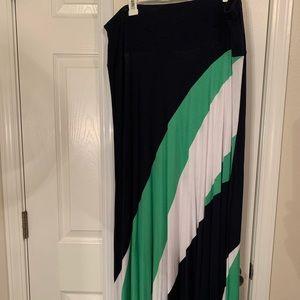 Super cute LB maxi skirt